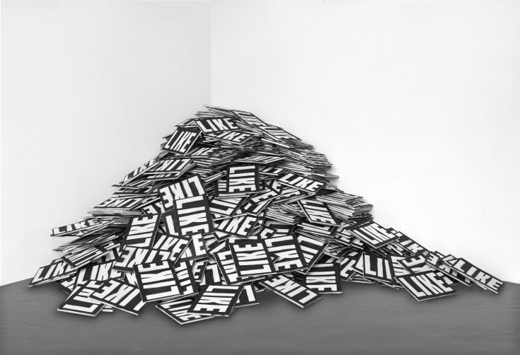 SCHIRN – Mark Flood, 5000 Likes, 201516, Sprühfarbe Auf Leinwand (4344 Teile) © Der Künstler, Courtesy Peres Projects