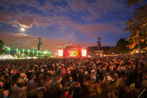 rock-en-seine-crowd