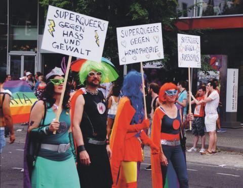 Die Pride-Saison: Bunt, Queer, Politisch
